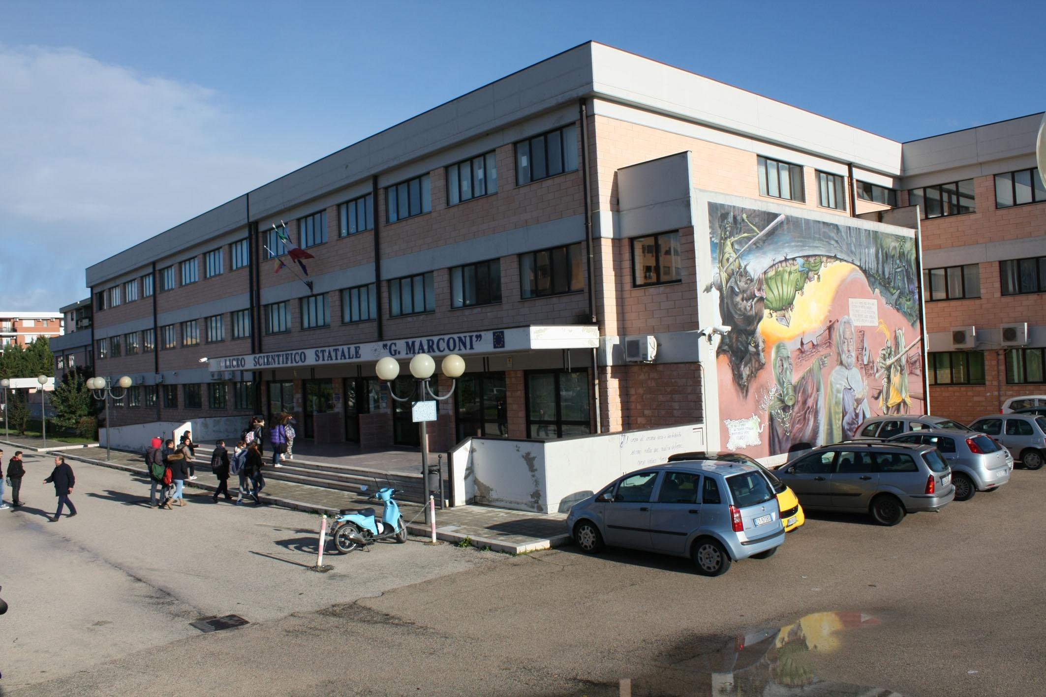 Liceo Scientifico G  Marconi-1